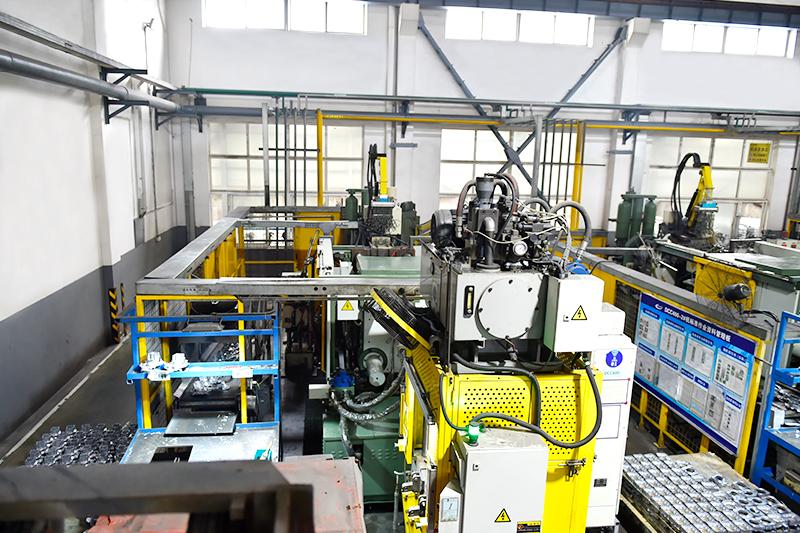 铝合金压铸设备-400T压铸机