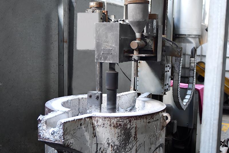 模具压铸-铝液打渣除气机