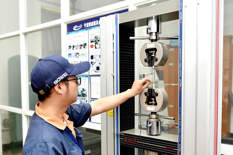 铝压铸件加工厂-万能拉力试验机