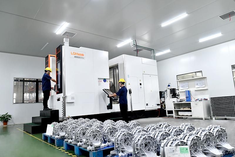 压铸件超精密加工-马扎克卧式加工中心